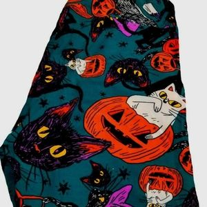 NWT Lularoe TC2 Leggings Halloween Cats Pumpkins
